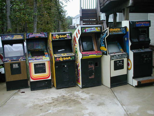 Assorted Arcade Video Games