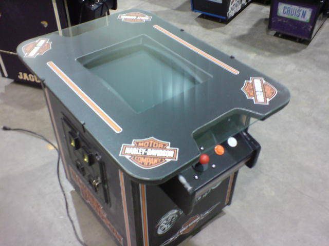 Harley-Davidson (2 Player Sit-Down)