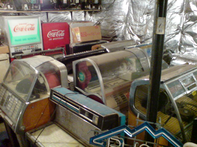 Old Jukeboxes and Soda Machines