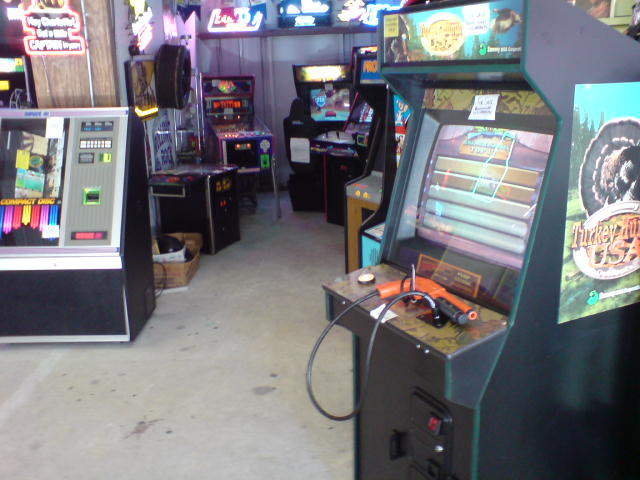 Assorted Arcade Machines